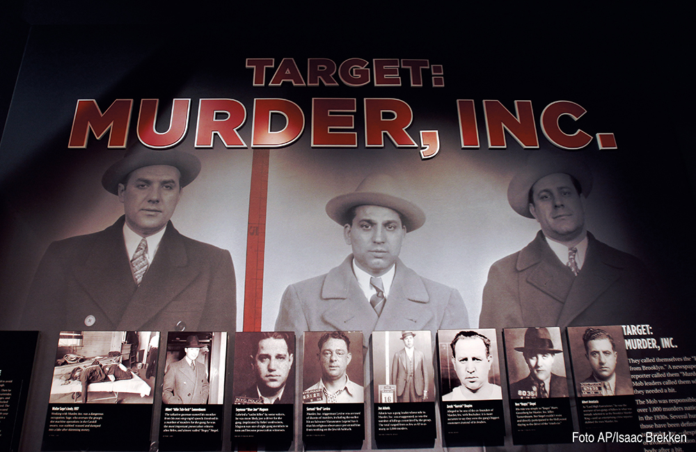 Una parte de la exposición de El Museo de la Mafia el lunes 13 de febrero de 2012 en Las Vegas. El museo se inauguró el 14 de febrero de 2012. (Foto AP/Isaac Brekken)