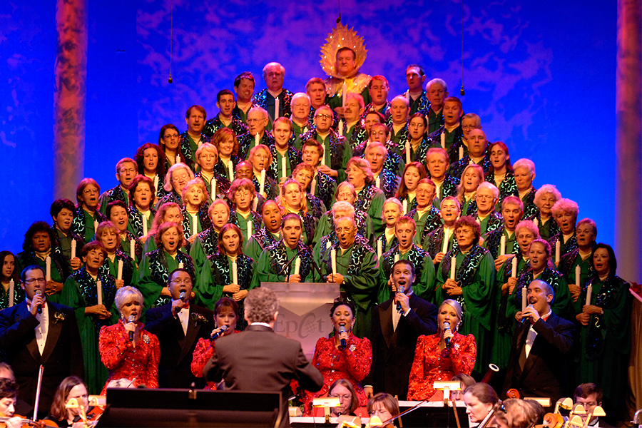 The Candlelight Processional 1