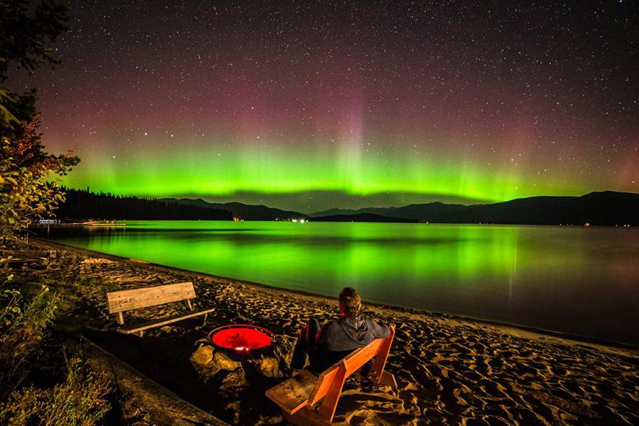 USTRAVELER aurora borealis Idaho Panhandle national park