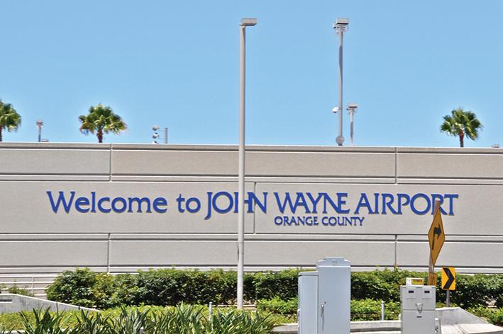 us traveler aeropuerto John Wayne